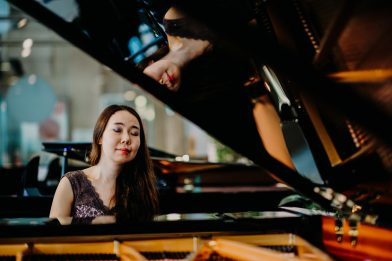 Klavierunterricht Musikuntericht Musikschule Ermen_Klavierlehrerin Unterricht Köln