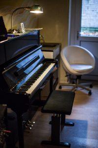 Räumlichkeiten Proberaum Klavier üben